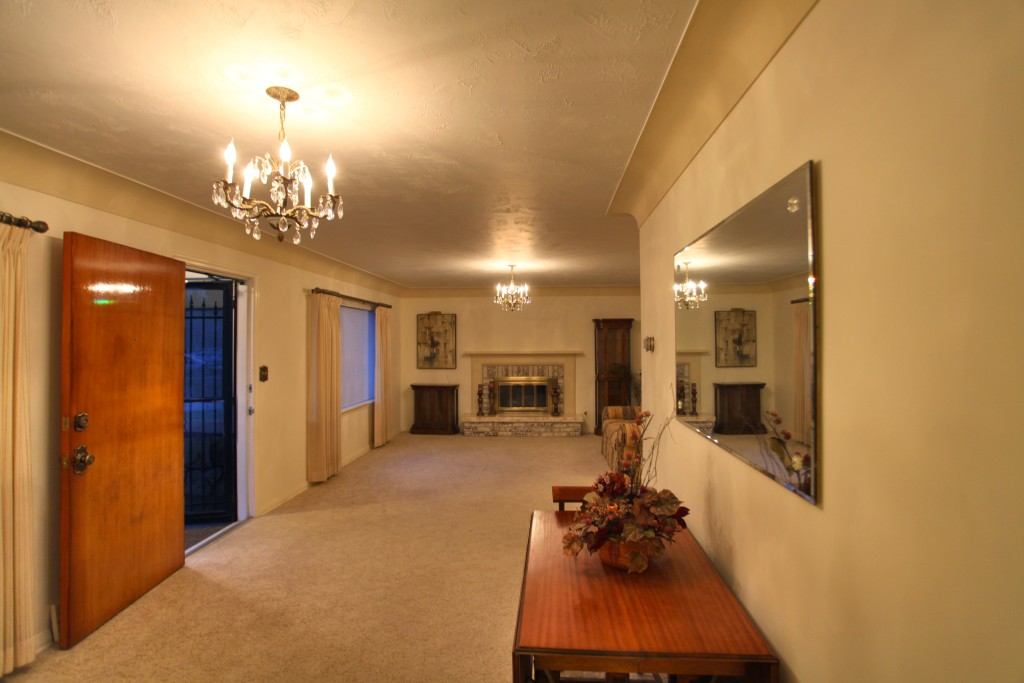 Main Room Entrance Space